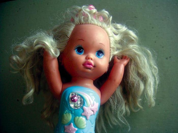 poupée barbie, la petite sirène, photo dominique houcmant