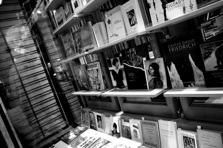 vitrine bouquiniste, paris, photo dominique houcmant, goldo graphisme