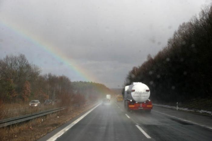 photo autoroute allemagne, arc en ciel, photo dominique houcmant, goldo graphisme