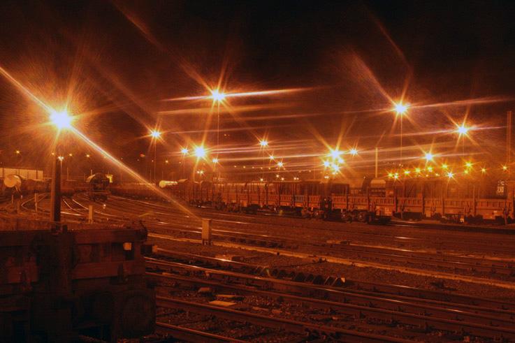 photo de gare de triage de Kinkempois, renory, angleur, belgique, photo dominique houcmant, goldo graphisme