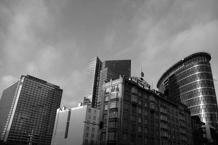brussels towers, buildings à Bruxelles, Manhattan Center, tour Dexia, Crowne plaza, Covent Garden Tower B, Bruxelles, Brussel, photo dominique houcmant, goldo graphisme