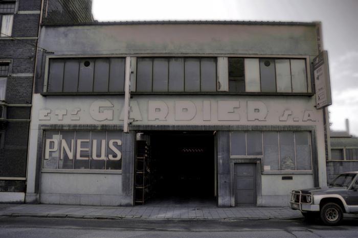 garage, ancien atelier de réparation automobile, rue Ernest Solvay, Sclessin, photo dominique houcmant