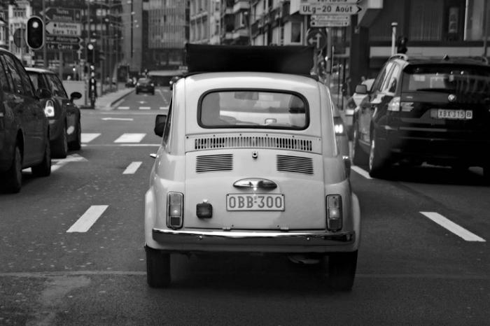 Fiat 500 Cinquecento, classic car, vue arrière, © photo dominique houcmant