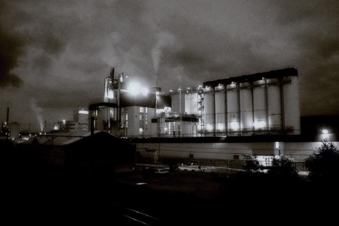 usine Prayon à Engis, Belgique, photo de nuit, photo dominique houcmant