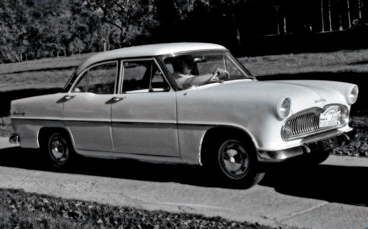 simca ariane 7, classic car, photo dominique houcmant