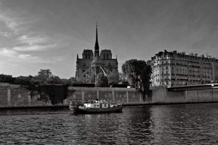 Notre Dame de Paris, cathédrale, la Seine, pont Saint-Louis, île de la cité, photo dominique houcmant, goldo graphisme