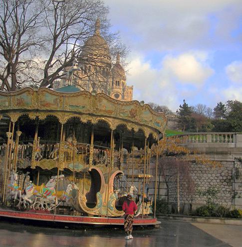 paris, Montmartre, Sacré-coeur, manège, carrousel, chevaux de bois, galopant, photo dominique houcmant, goldo graphisme