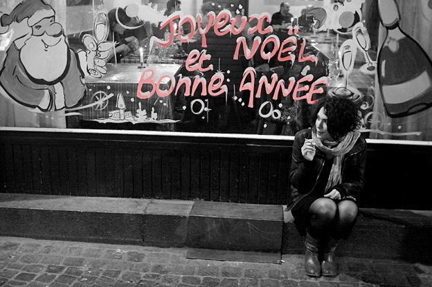 Joyeux Noël et Bonne Année, décoration peinture vitrine, Merry Christmas and a Happy New Year, photo dominique houcmant, goldo graphisme