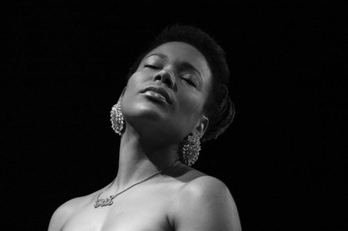 China Moses, live, music, chanteuse, concert, Jazz à Liège, 2009, foto, photo dominique houcmant, goldo graphisme