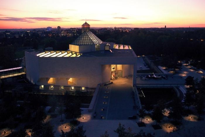 MUDAM, Luxembourg, Musée d'art moderne Grand-Duc Jean, museum, photo de nuit, © dominique houcmant