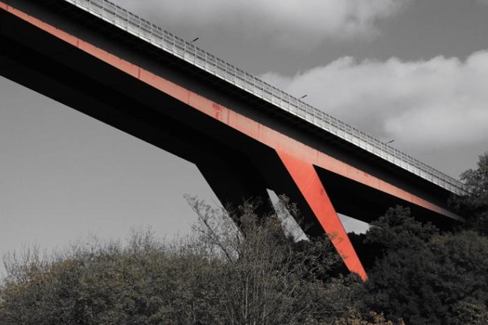 Grand Duchess Charlotte Bridge, Le Pont Grande Duchesse Charlotte, Luxembourg, Red Bridge, pont rouge, Egon Jux, © photo dominique houcmant