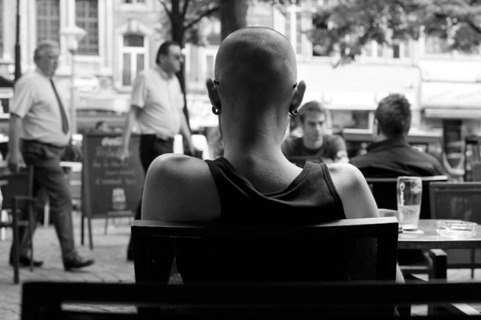 bière, terrasse du café, Bolas bug, place du marché, Liège, © photo dominique houcmant
