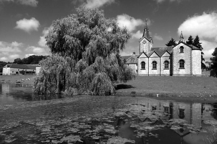 la chapelle Saint-Hubert et château de Tornaco, Vervoz, Condroz, belgique, photo dominique houcmant, goldo graphisme