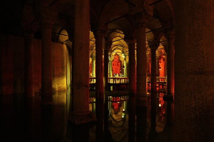 Yerebatan Sarayi, Basilik Sarniç Istanbul Turquie, basilique citerne, Cistern, Istanbul, Turkey, photo dominique houcmant