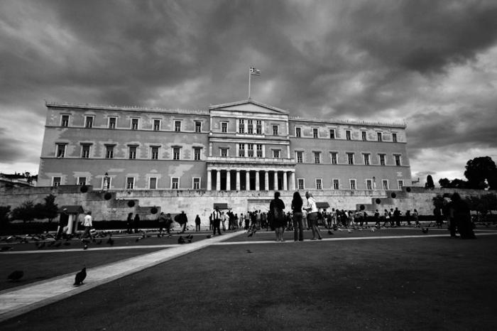 parlement grec, place syntagma, Athènes, Grèce, Greek parliament, athens, Greece, photo dominique houcmant, goldo graphisme