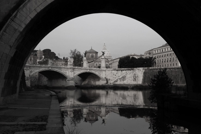 Lungotevere Vaticano, Roma Italia, Tevere, Rome, san Paolo, Ponte Vittorio Emanuele II, photo dominique houcmant, goldo graphisme