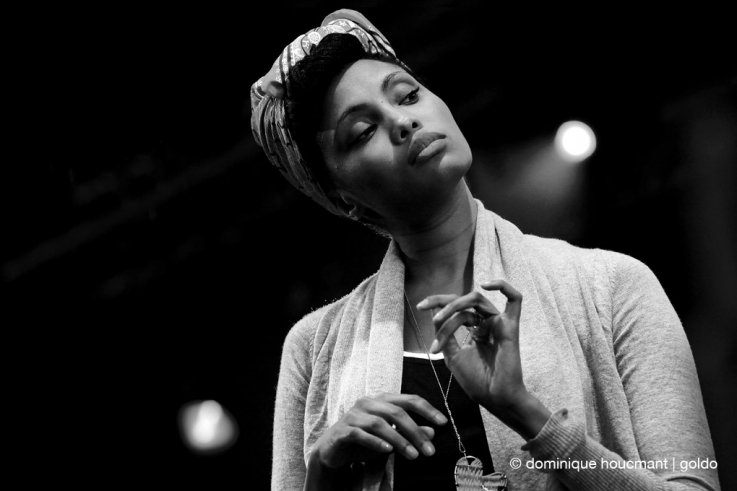 portrait, Imany Mladjao, singer, model,concert, fêtes de Wallonie Namur, photo dominique houcmant, goldo graphisme