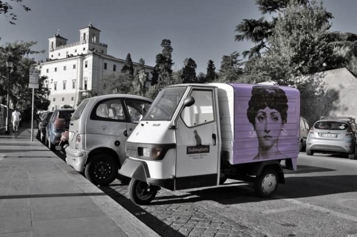 Piaggio ape, Viale Trinità dei Monti, Roma Italia, triporteur, photo dominique houcmant, goldo graphisme