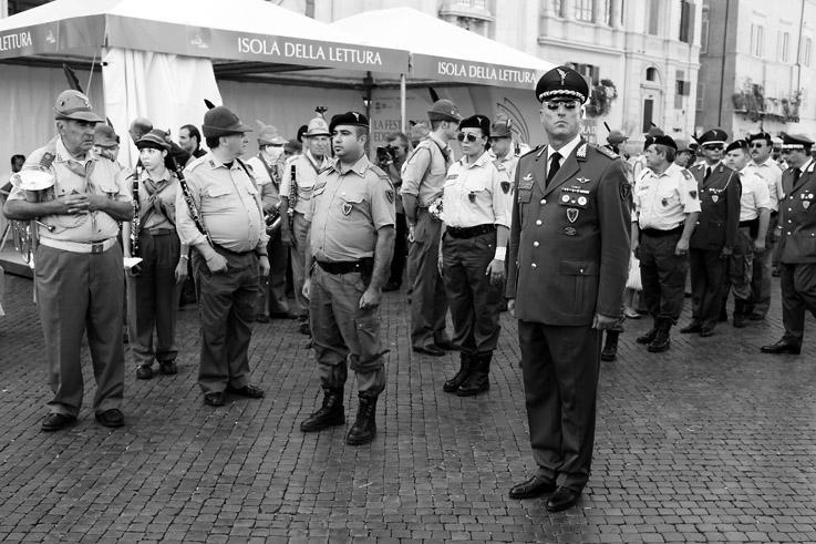 Benedizione dei mezzi della Protezione Civile, piazza navona, roma, rome, photo dominique houcmant, goldo graphisme