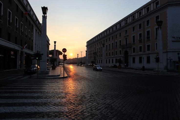 Via della Conciliazione, Roma Italia, rione Borgo, photo dominique houcmant, goldo graphisme