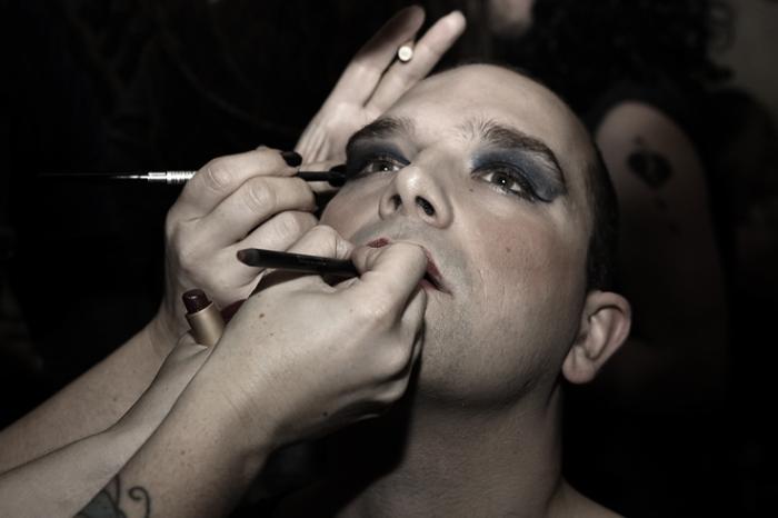Romona, travesti, playback nightfever, photo dominique houcmant, goldo graphisme