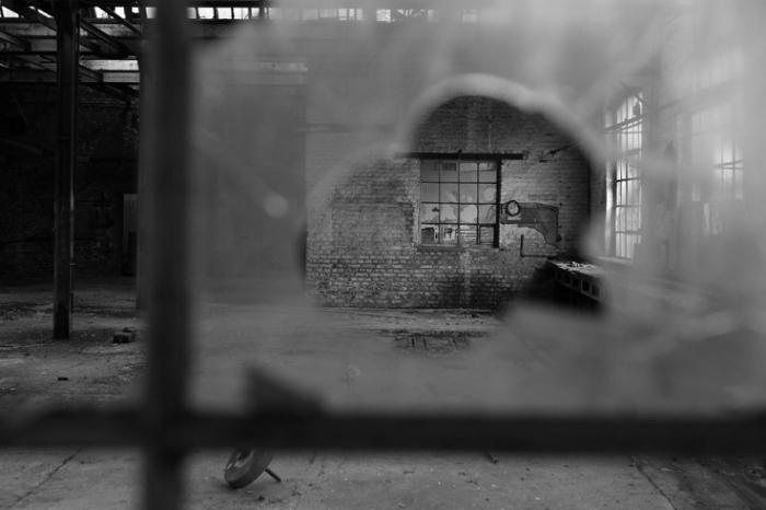 anciens ateliers à l'abandon Cristalleries du Val-Saint-Lambert, usine, factory, seraing, urbex, photo dominique houcmant, goldo graphisme