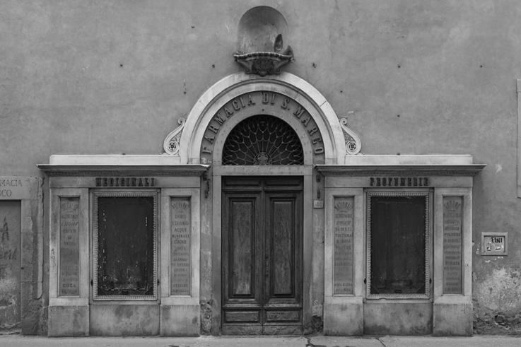 antica Farmacia di San Marco, Firenze, Italia, Florence, pharmacie, drugstore, Italie, Italy, © photo dominique houcmant