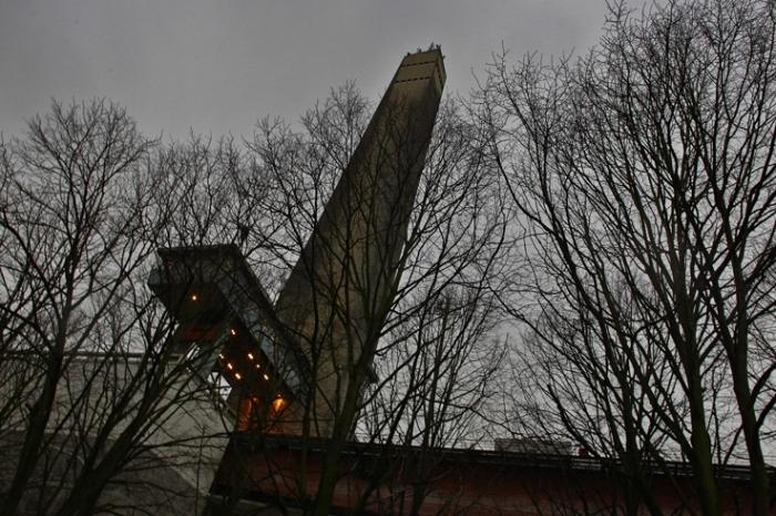 tour du plan incliné de Ronquieres Belgique, canal inclined plane, tower, Belgium, photo dominique houcmant, goldo graphisme
