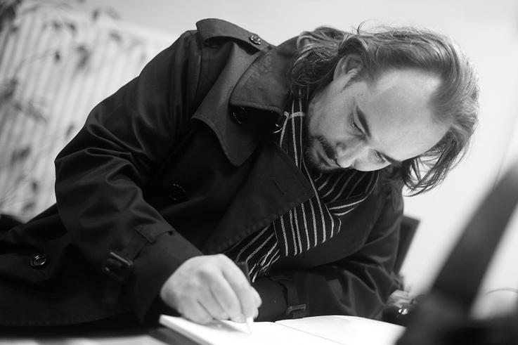portrait David Pirotte peintre, artiste, photo dominique houcmant, goldo graphisme