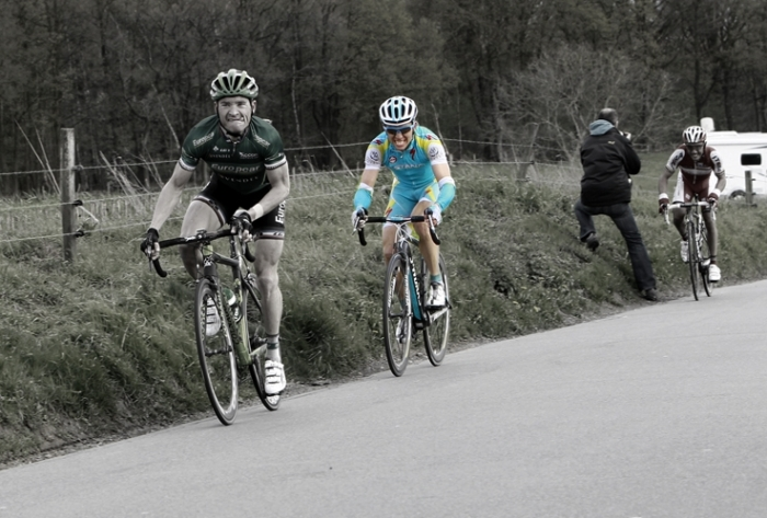Maxim Iglinskiy, Maksim Guennadievitch Iglinski, Максим Иглинский, dans la roue de Thomas Voekler dans côte de la roche aux faucons, cyclisme, Liège-Bastogne-Liège 2012, coureurs, © photo dominique houcmant