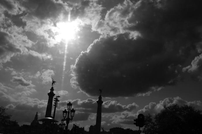 Square Gramme, pont de Fragnée, Liège, ciel, nuage, soleil, © photo dominique houcmant