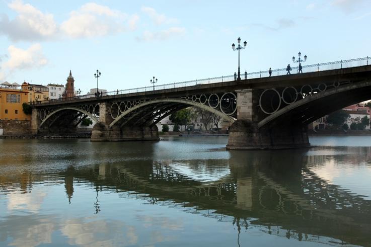 El Puente de Isabel II, el río Guadalquivir, Sevilla, españa, espagne, spain, Séville, pont, espagne, spain, photo dominique houcmant, goldo graphisme