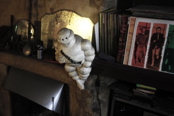 Bibendum, Bonhomme Michelin, statuette vintage, © photo dominique houcmant