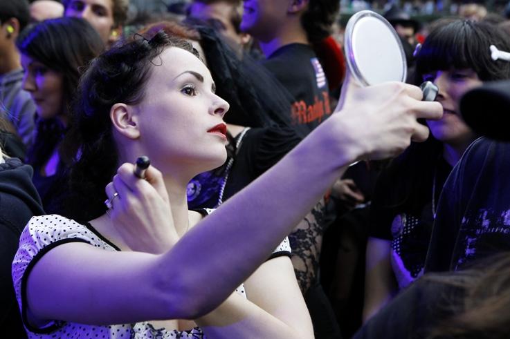 pretty girl, jolie fille, maquillage, make up, Marilyn Manson fan, festival les ardentes, liège © photo dominique houcmant
