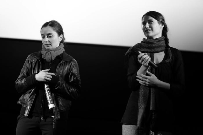 Cosmina Stratan et Cristina Flutur, au-delà des collines, cinema sauvenière liège, photo dominique houcmant, goldo graphisme