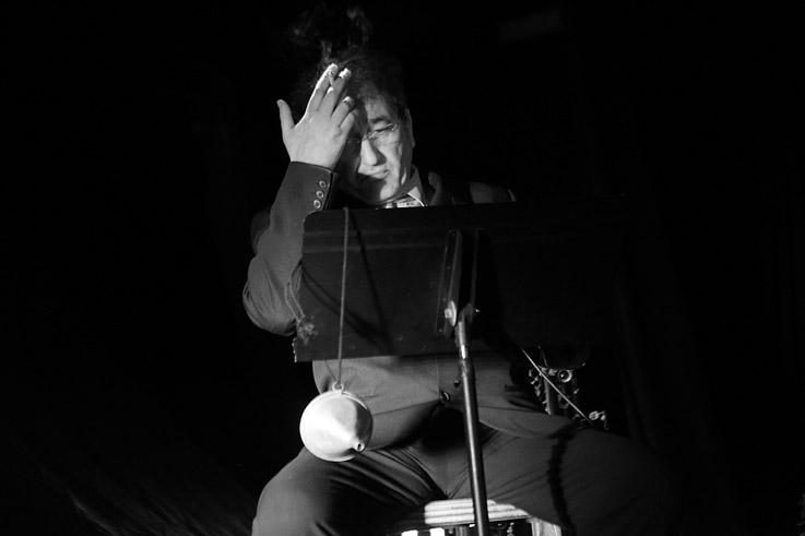 Monsieur Delagare, portrait de Mustapha Aouar, Compagnie de La Gare, lecture, spectacle, © photo dominique houcmant