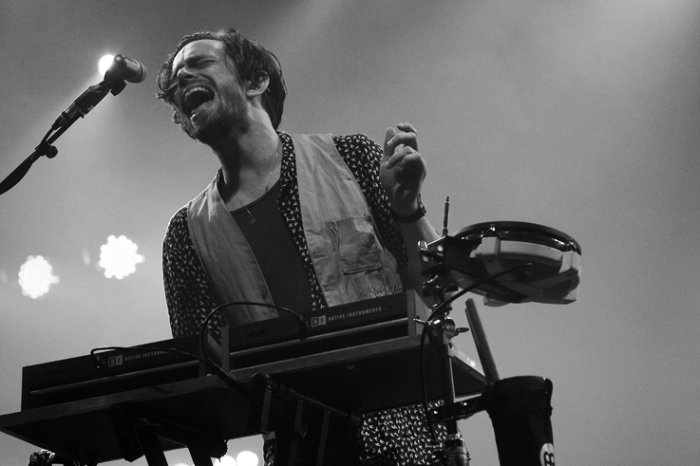 Chris Keating, Yeasayer, portrait concert, live, psychedelique, folk, New Weird America, festival les ardentes, liège, © photo dominique houcmant