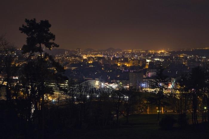 panorama de la ville de Liège la nuit, Liege city view, night shot, photo dominique houcmant, goldo graphisme
