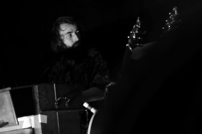 Tommy Onraedt, claviers, Great Mountain Fire, concert, live, le fiacre, Liège, © photo dominique houcmant