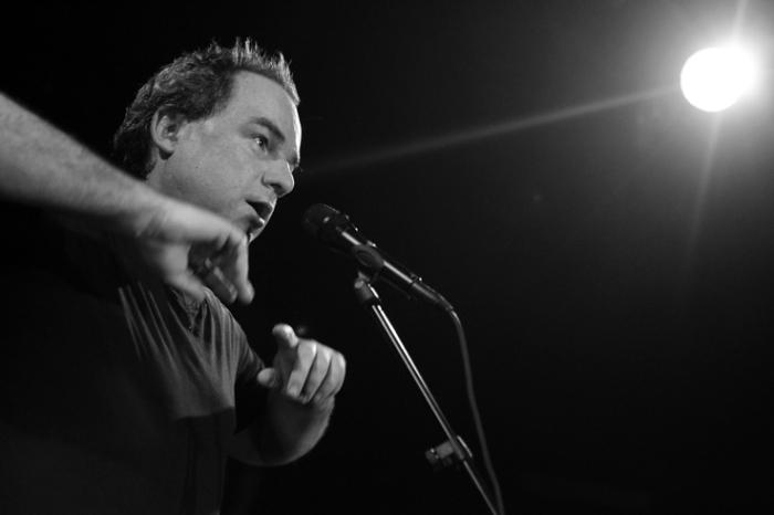 Daniel Hélin, musique, chanson, portrait noir et blanc, concert, © photo dominique houcmant