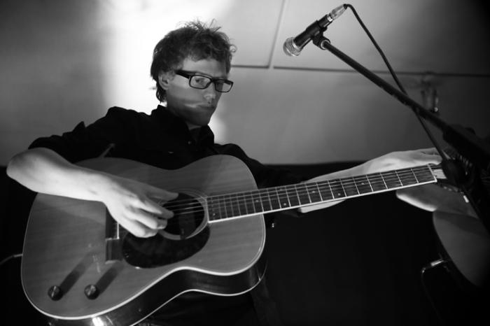 Paper Wings, Gertjan Van Hellemont, concert, live, le fiacre, Liège, © photo dominique houcmant