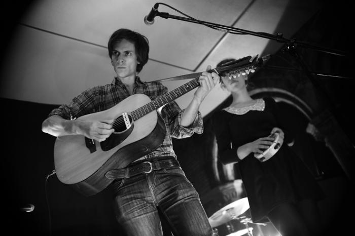 Paper Wings, Bram Vanparys, the bony king of nowhere, concert, live, le fiacre, Liège, © photo dominique houcmant