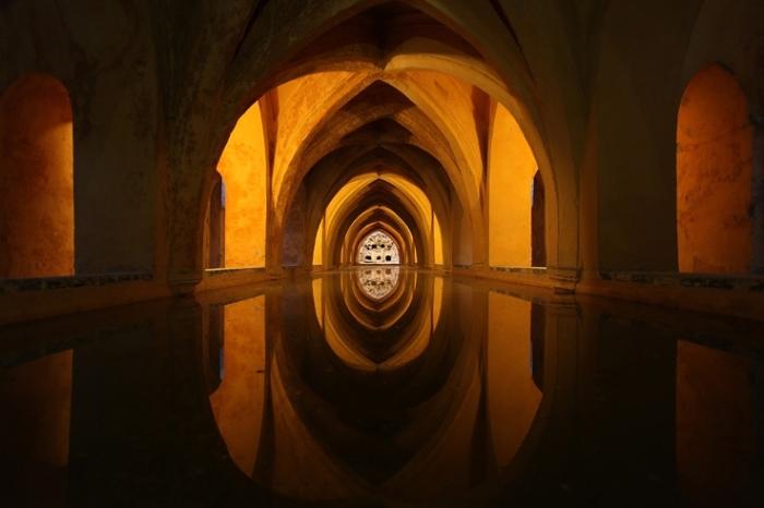 Los Baños de Doña María de Padilla, Real Alcázar de Sevilla, España, bains, baths, photo dominique houcmant, goldo graphisme
