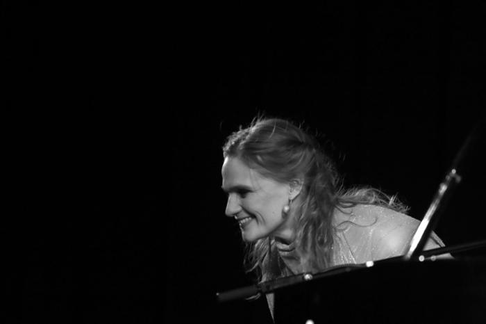 An Pierlé, solo piano concert, live, ardentes club, Liège, music, © photo dominique houcmant