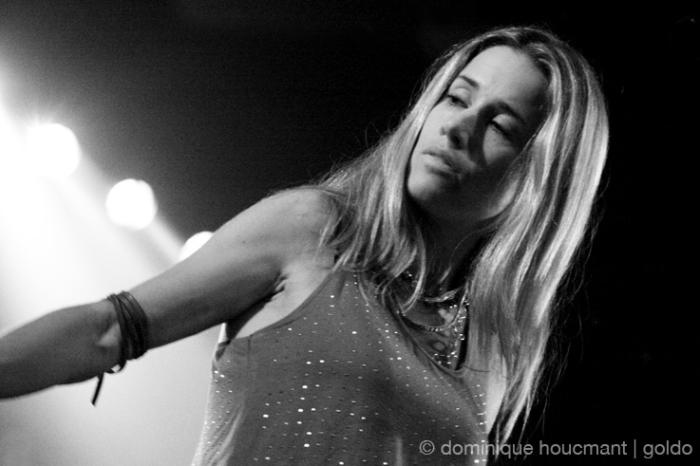 portrait Heather Allison Frith, Heather Nova, les ardentes festival, liège, folk singer, © photo dominique houcmant