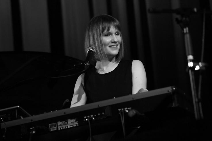 Peaks, Morgane Imbeaud, concert, live, ardentes club, Liège, music, © photo dominique houcmant