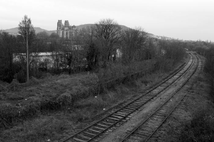 Toul, Meurthe-et-Moselle (54), région Lorraine, Cathédrale Saint-Étienne, ancienne voie ferrée Toul - Neuves-Maisons, photo dominique houcmant, goldo graphisme