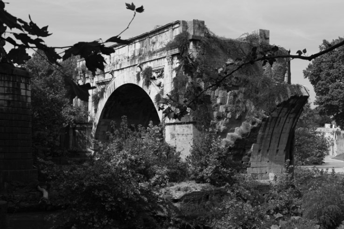 Ponte Rotto, tevere, pons Æmilius, Roma Italia, Tibre, photo dominique houcmant, goldo graphisme