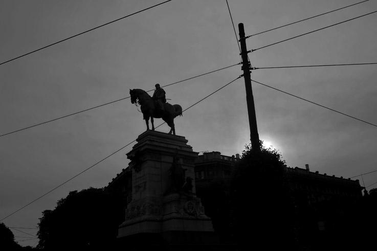 Monumento a Giuseppe Garibaldi, Milano, piazza del duomo, statue équestre de Garibaldi, Milan, Italia, Italie, Italy, dôme, statue, monument, © photo dominique houcmant
