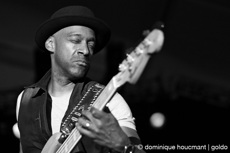portrait Marcus Miller, live, basse, bass, funk, jazz fusion, concert, music, Comblain Jazz Festival, 2013, photo dominique houcmant, goldo graphisme